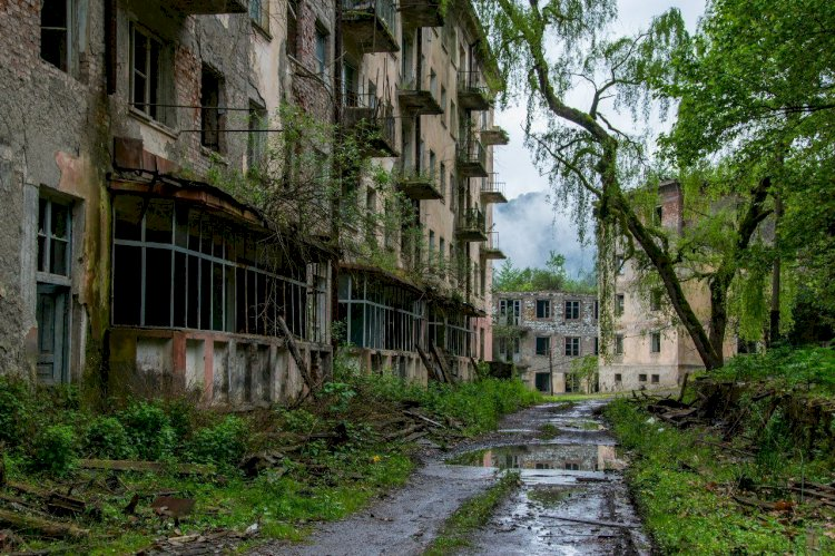 Эти 10 заброшенных мест когда-то процветали